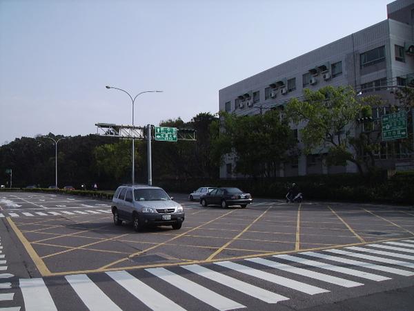 新竹市新安路 交大後門
