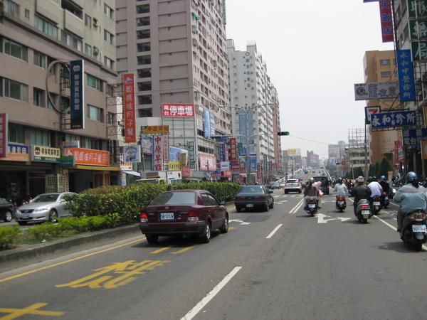 台1-永康中華陸橋.jpg
