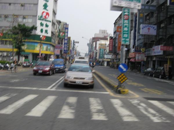 南市-西門健康路口.jpg