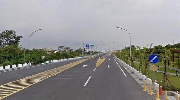 道路3.JPG