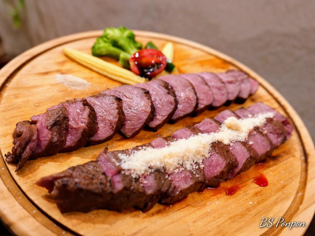 新竹美食、舒肥料理、東門市場、牛排、硬派主廚的軟嫩料理
