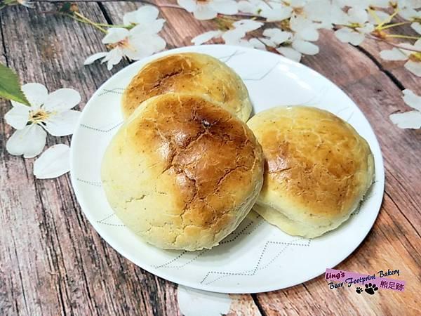菠蘿麵包(花生奶酥餡) 熊足跡 (60)