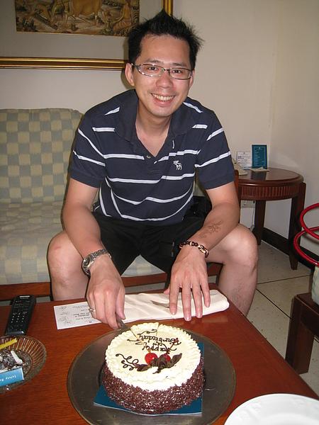 開心吧!!第一次在國外過生日