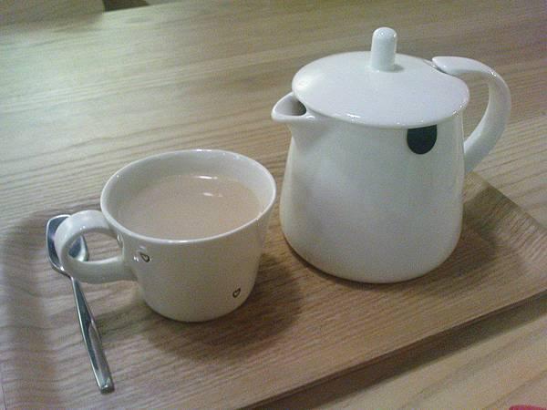 現煮20分小南風奶茶