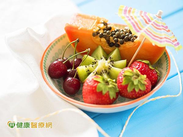 多攝取「三高一低-高纖、高酵素、高營養、低GI」蔬果,安心吃粽保健康。
