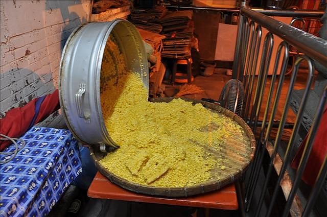 車城名產綠豆蒜並非綠豆加大蒜,其實是去殼之後的綠豆仁