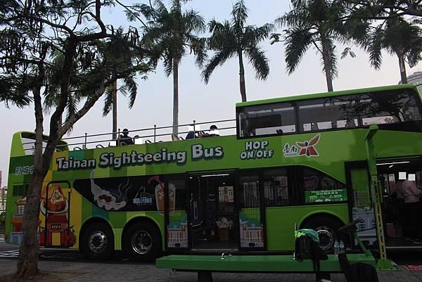 台南雙層觀光巴士