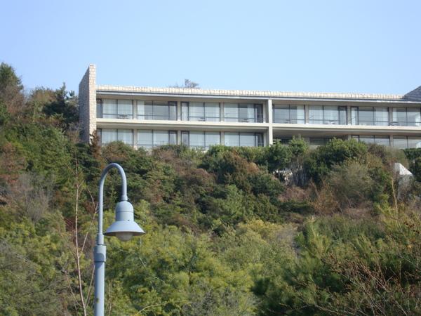 山上的 Benesse House