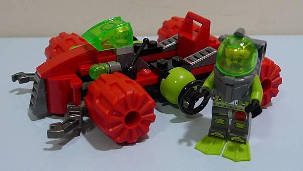 LEGO 8075 d