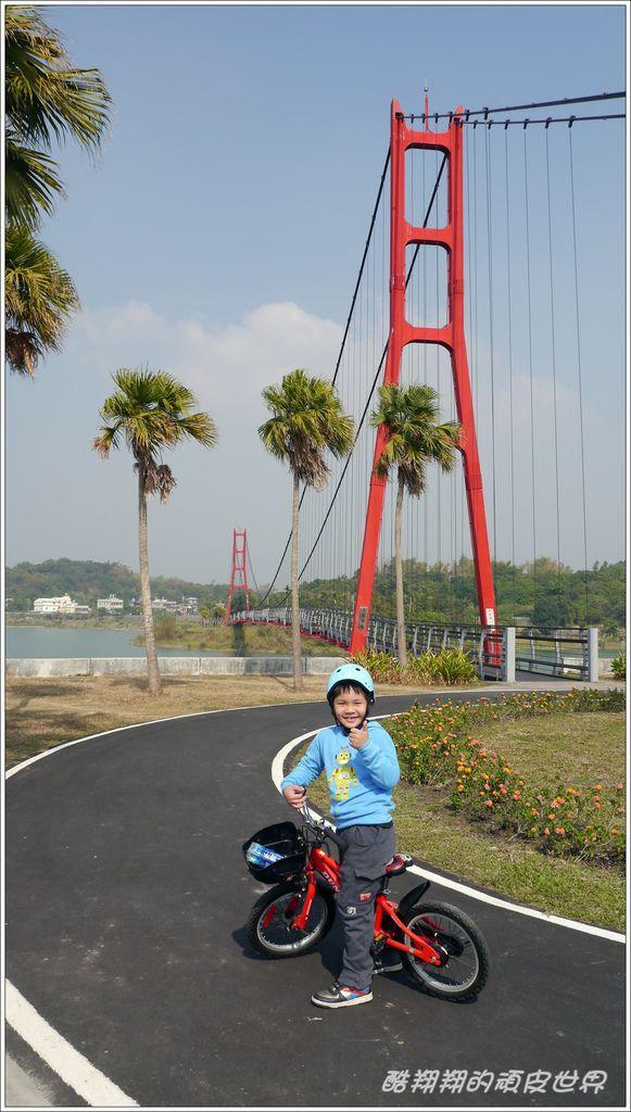 阿公店自行車道02.JPG