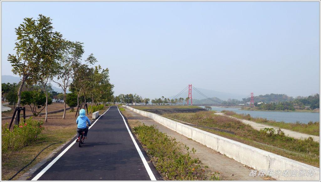 阿公店自行車道20.JPG