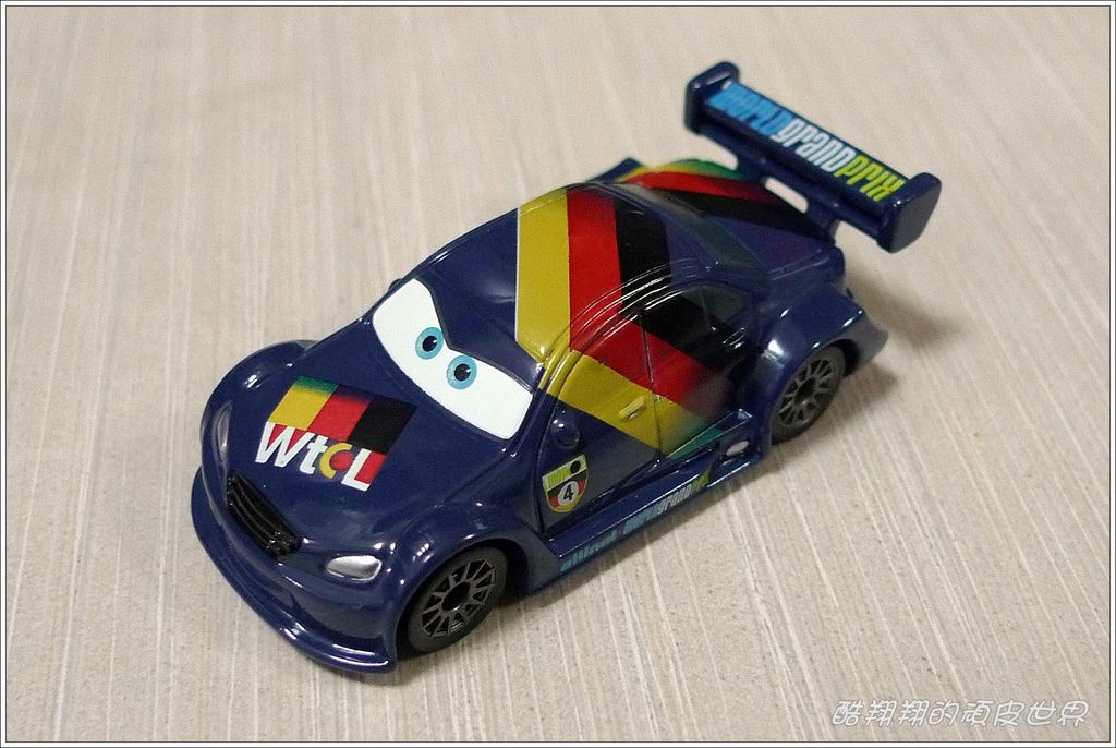 TOMY CARS 03.JPG