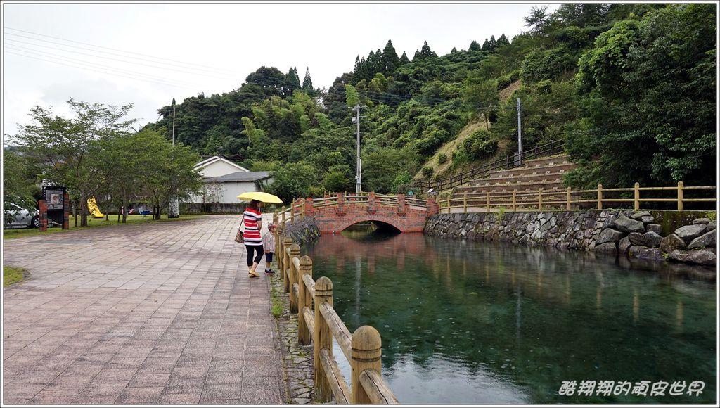 霧島山麓丸池湧水-03.JPG