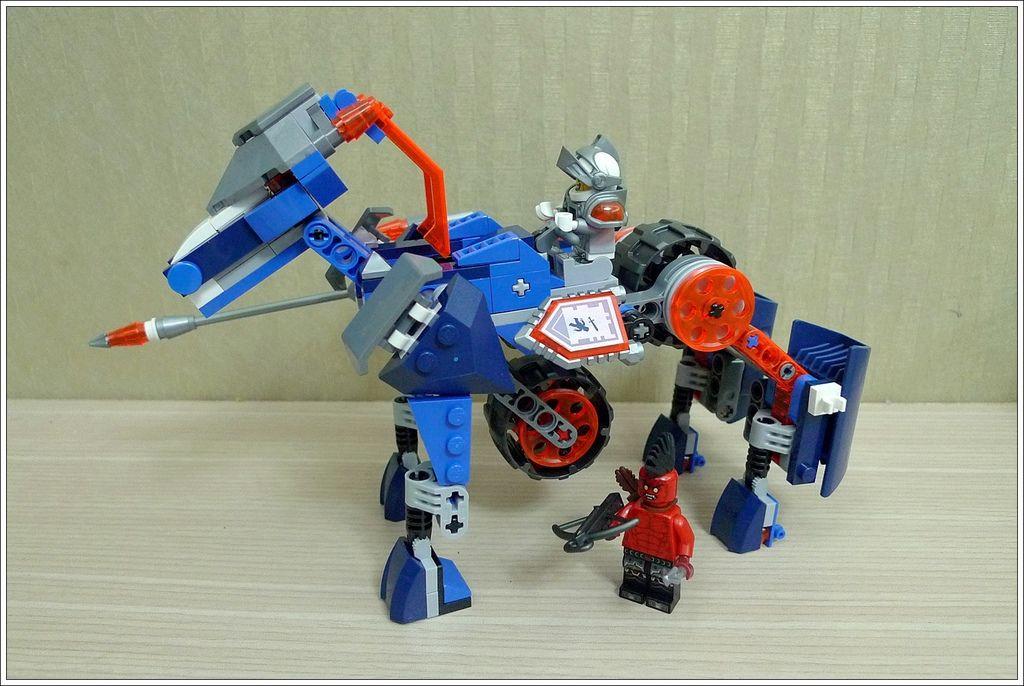 70312-05.JPG