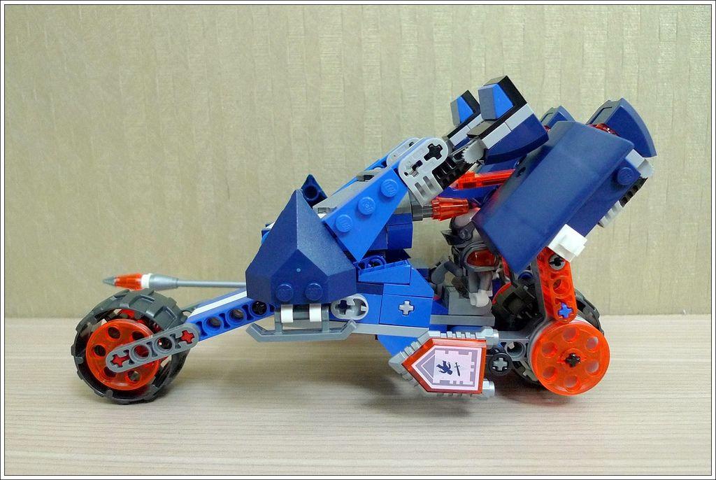 70312-10.JPG
