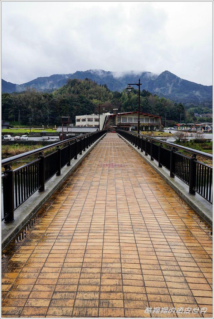 青之洞門-08.JPG