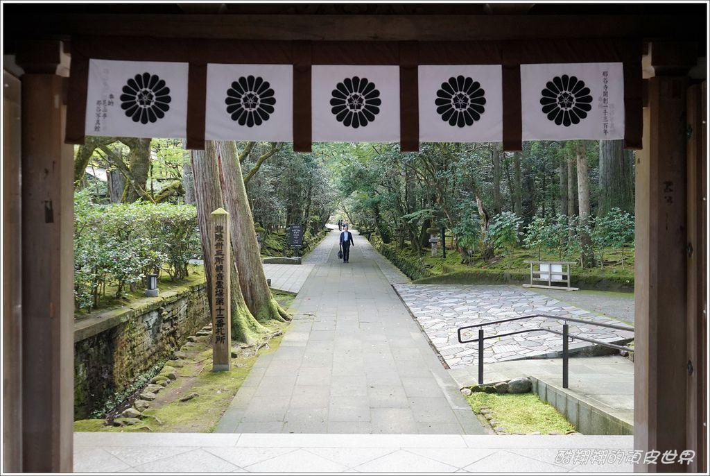 那谷寺-03.JPG