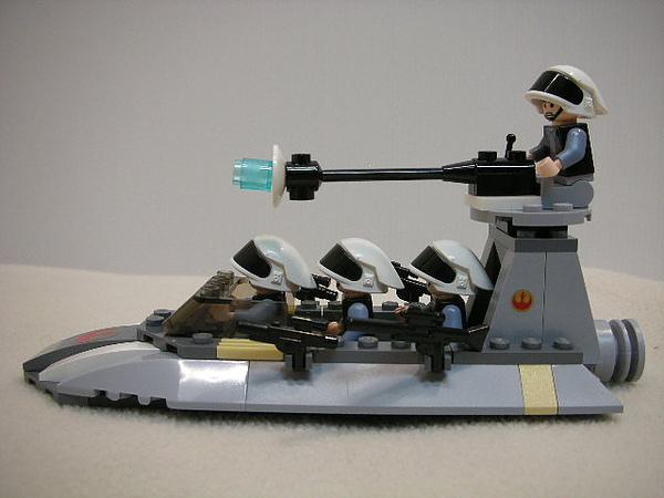LEGO 7668 d