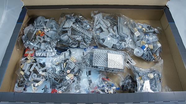 LEGO 8129 b