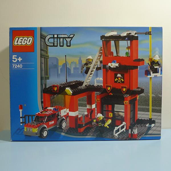 LEGO 7240 a