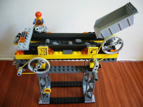 LEGO 7243 b