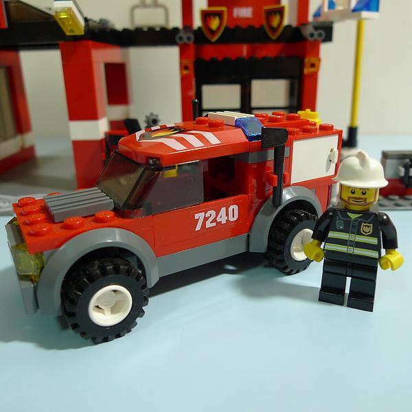 LEGO 7240 c