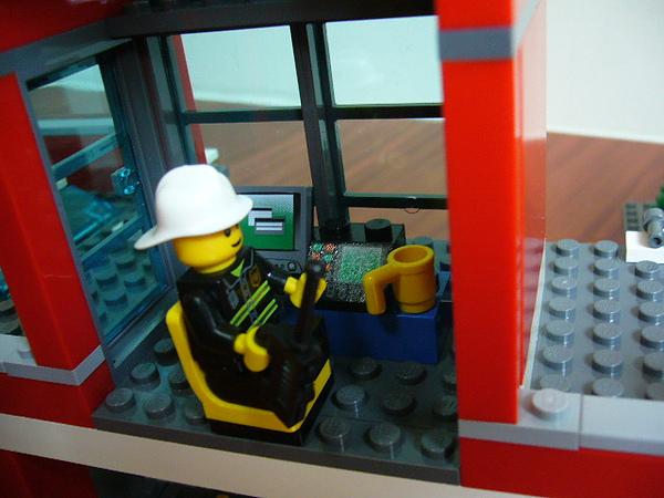LEGO 7945 j