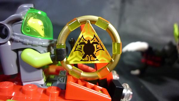 LEGO 8079 j