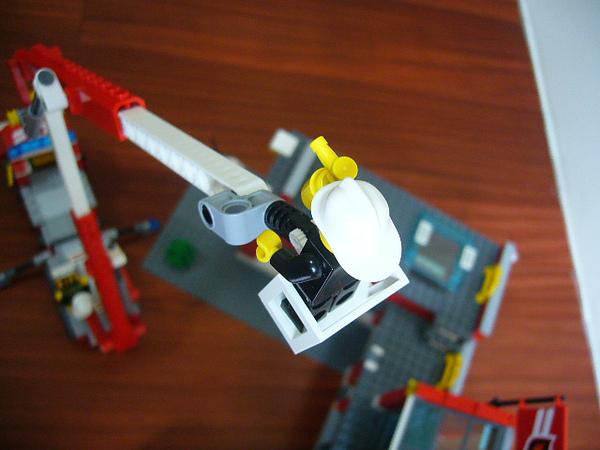 LEGO 7945 f
