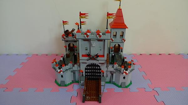 LEGO 7946 v