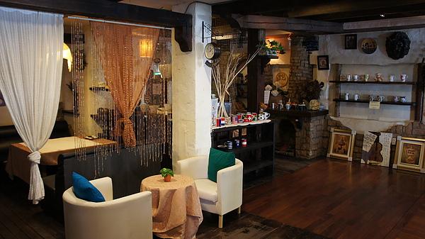 萊茵河餐廳 b