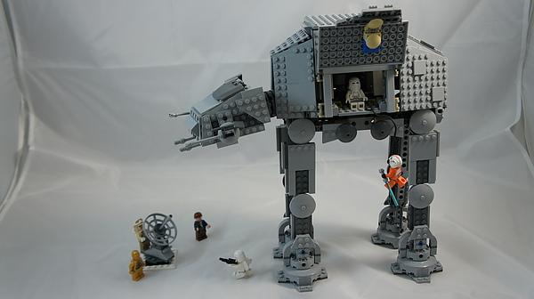 LEGO 8129 q