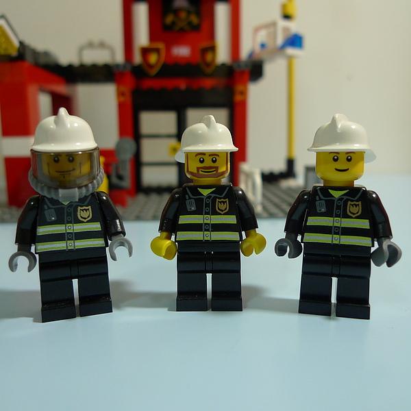 LEGO 7240 b