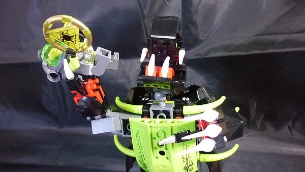 LEGO 8079 l