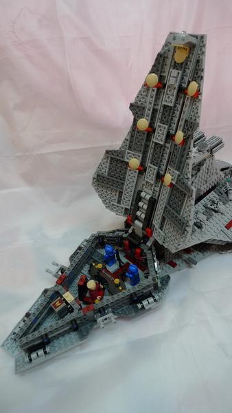 LEGO 8039 q