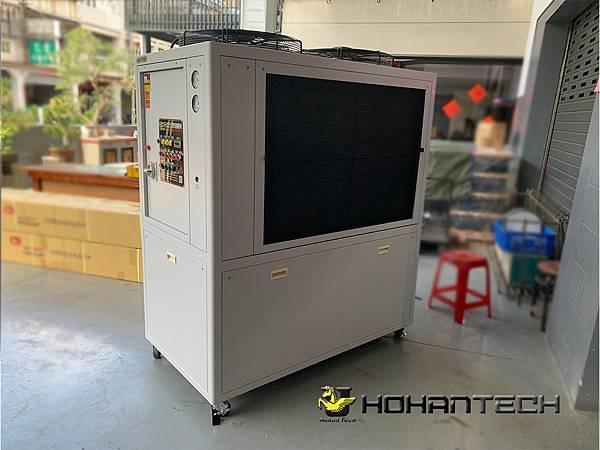 12RT氣冷式工業用冰水機 (1)
