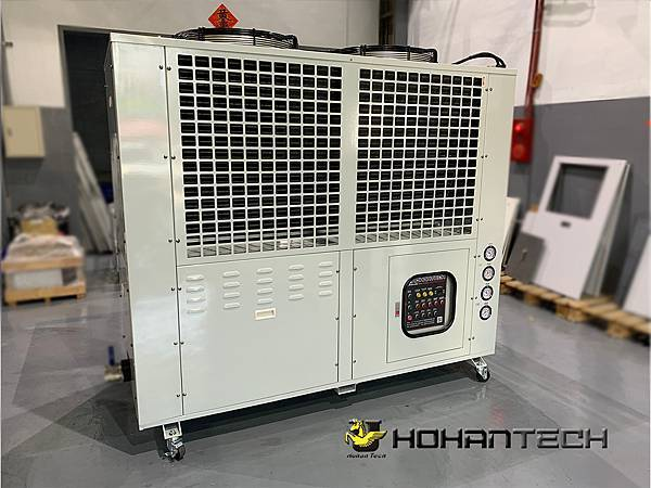 20RT氣冷式工業用冰水機 (2)