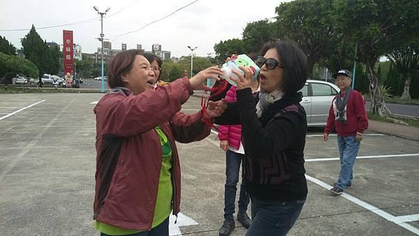 即興演出:一個資源回收塑膠瓶的童心_4283.jpg