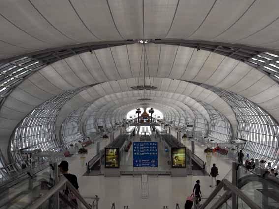 曼谷機場.jpg