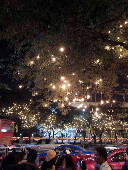 夜晚皇宮2.jpg