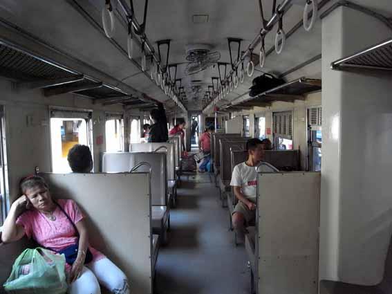 火車上1.jpg