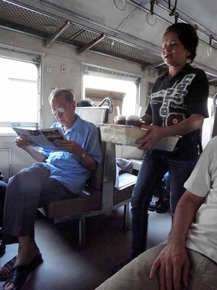 火車上2.jpg