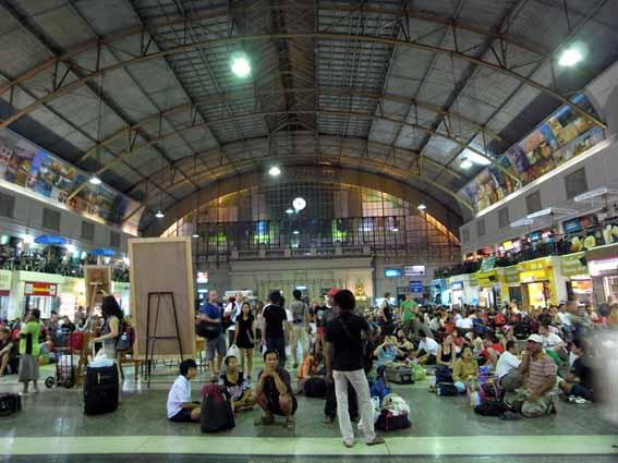 夜晚車站.jpg