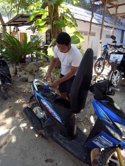 租摩托車.jpg