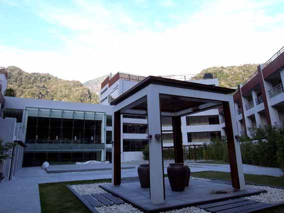 中庭2.jpg