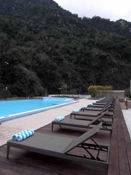 戶外泳池1.jpg
