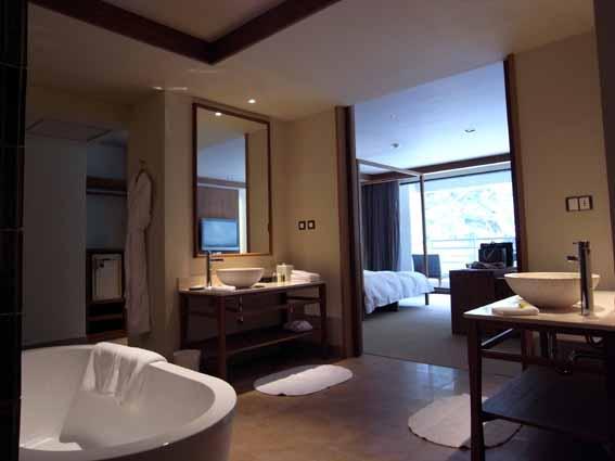 衛浴-1.jpg