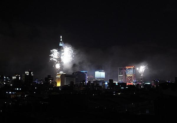 2011跨年煙火-6.jpg