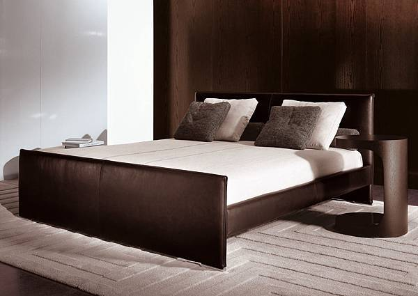 Minotti bed-Venice-2