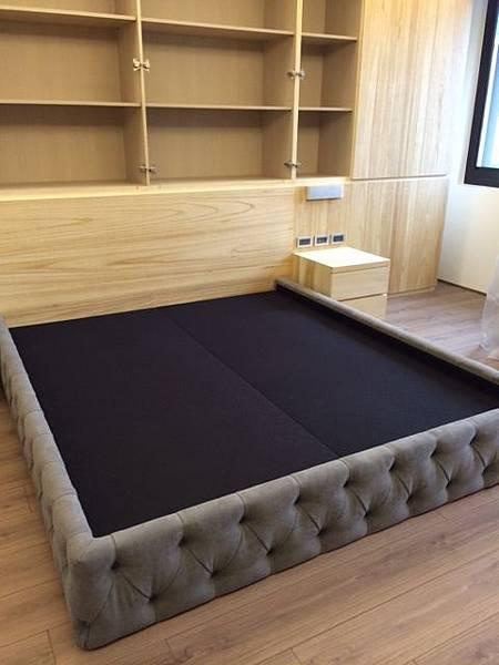 施工中-床-1